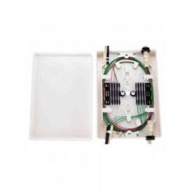 RSE-006 - Caja de fibra interior con bandeja para 12 portafusiones.